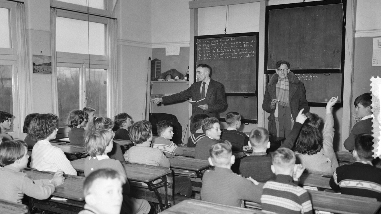 Klaslokaal in Tuindorp-Oostzaan 1960